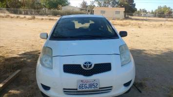 2008 Toyota Yaris Hatchback (2 doors)