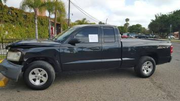 2008 Dodge Dakota Extended Cab (4 doors)